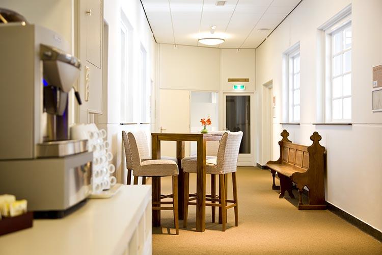 Conferentiecentrum Kontakt der Kontinenten - gratis koffie/thee