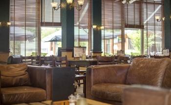Bergse Bossen interieur Grand Café